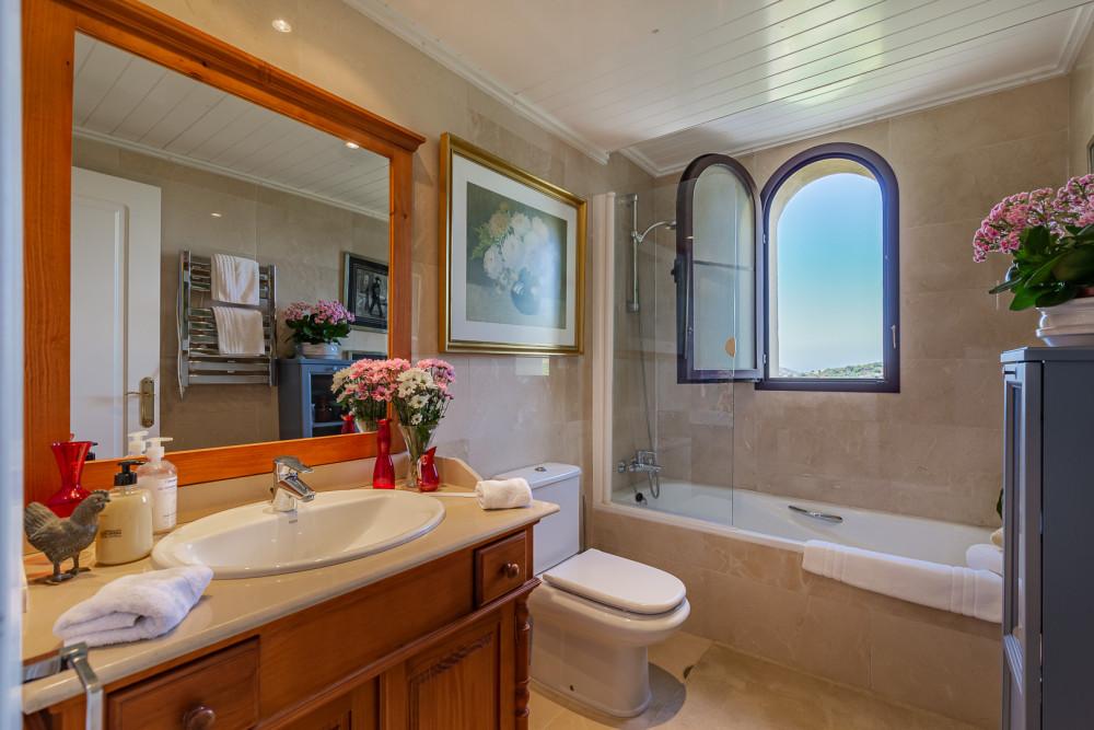 4 bed Property For Sale in Benahavis,  - thumb 12