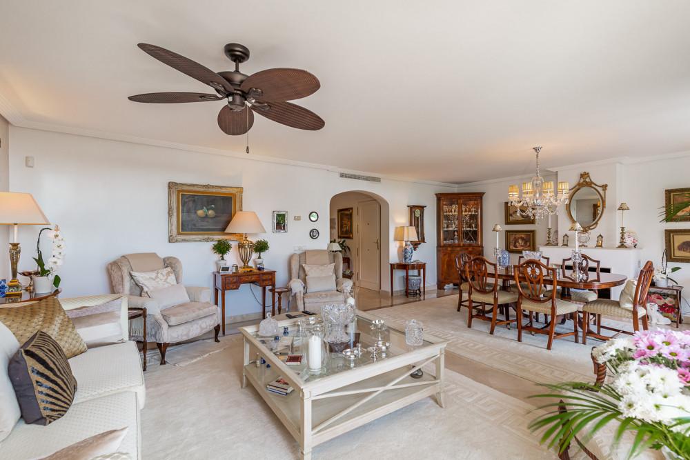 4 bed Property For Sale in Benahavis,  - thumb 3
