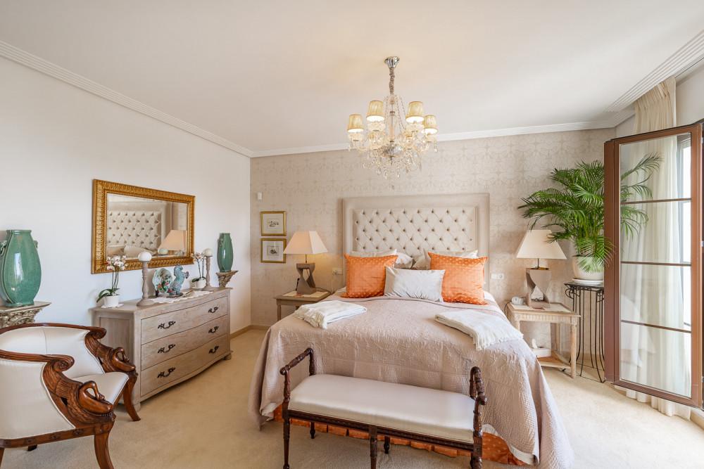 4 bed Property For Sale in Benahavis,  - thumb 7