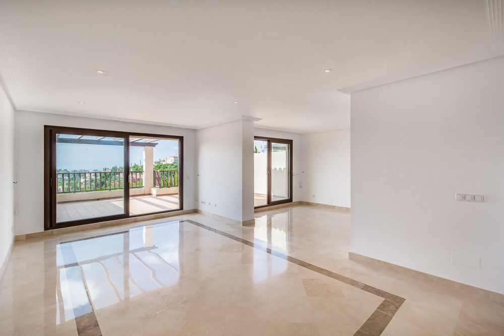 2 bed Property For Sale in Malaga,  - thumb 4