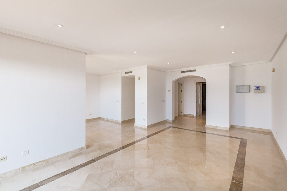 2 bed Property For Sale in Malaga,  - thumb 5