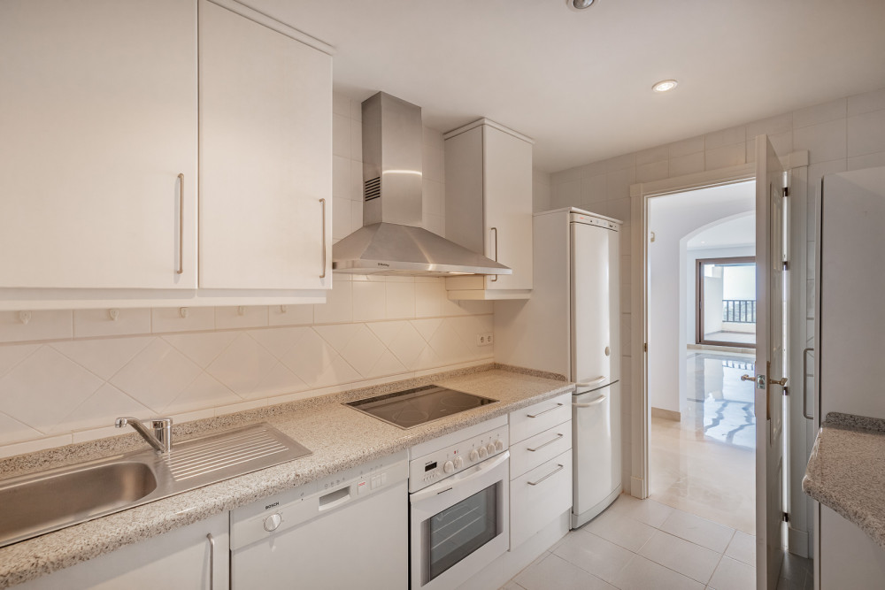 2 bed Property For Sale in Malaga,  - thumb 2